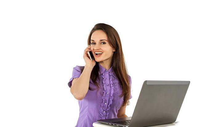 telefonování u práce